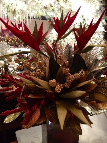 Handmade Gallery Holiday Centerpiece