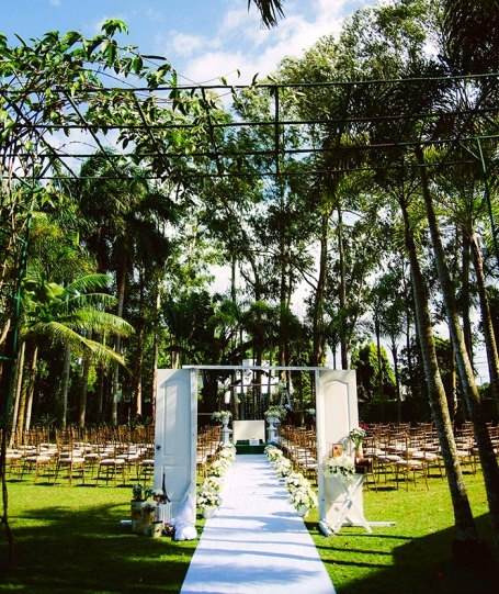 Green weddings and events at Nature's Village Resort. Photo via midorimoon.com
