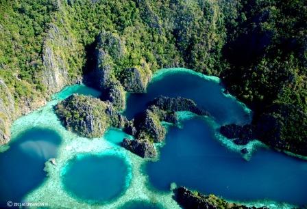 Twin Lagoons. Photo by Al Linsangan III.